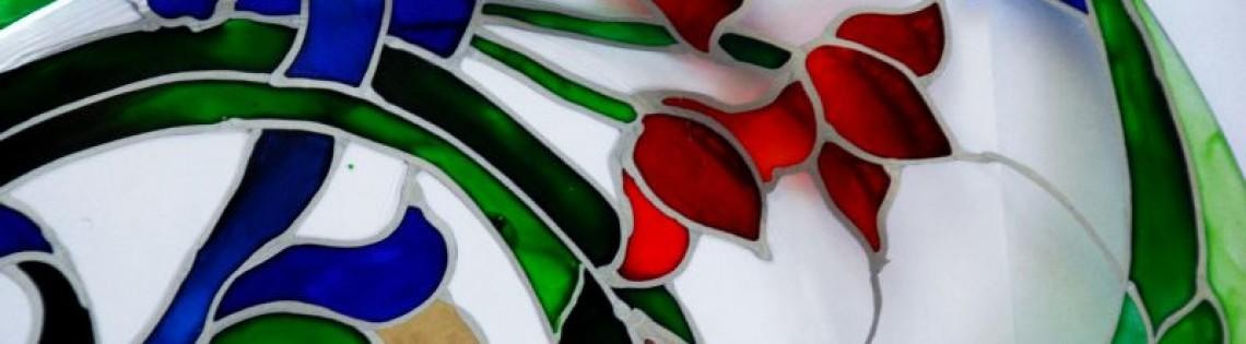 'Разновидности и использование лакокрасочных материалов по стеклу