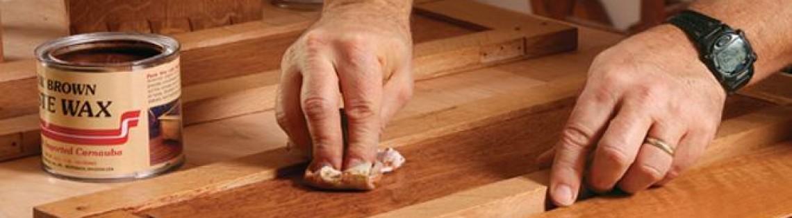 'Как использовать краску на восковой основе для обработки древесины