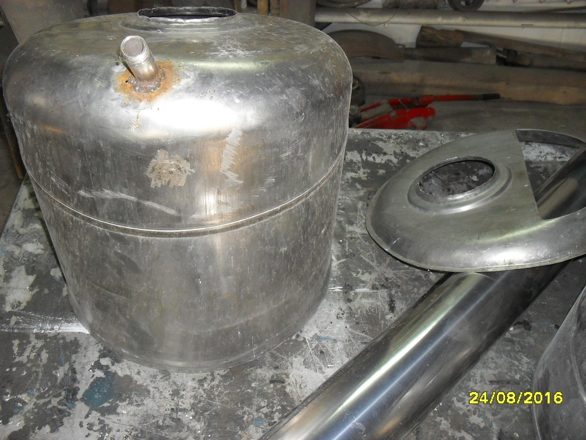 бак для горячей воды