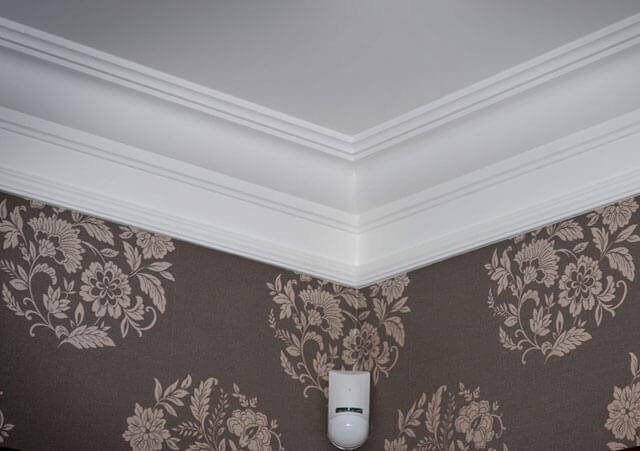 угол и потолок