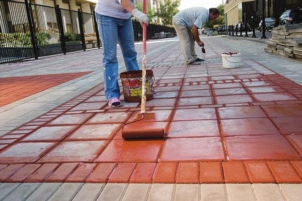 покраска тротуарной плитки