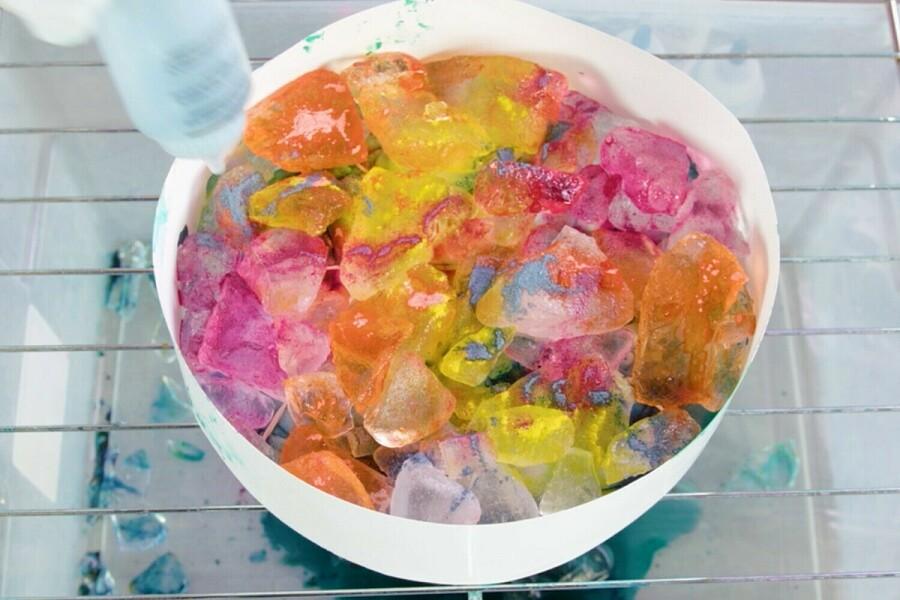 покраска ткани с помощью ледяного способа