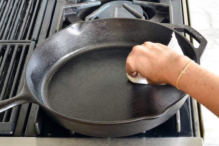 подготовка сковородок из чугуна к первому использованию