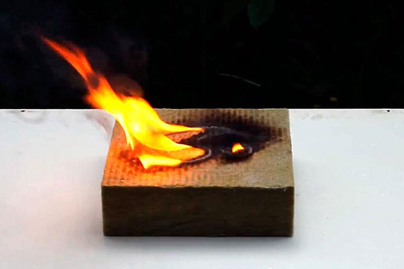 защита дерева от огня