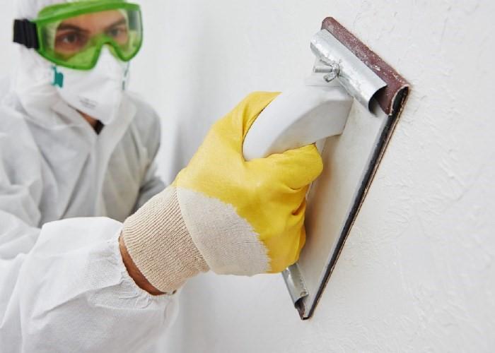 ошкуривание поверхности стен