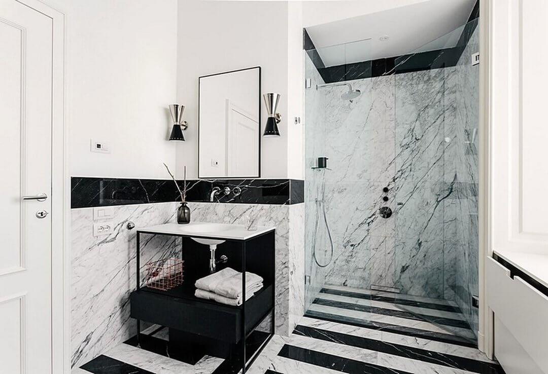 ванная в черно-белом тонах