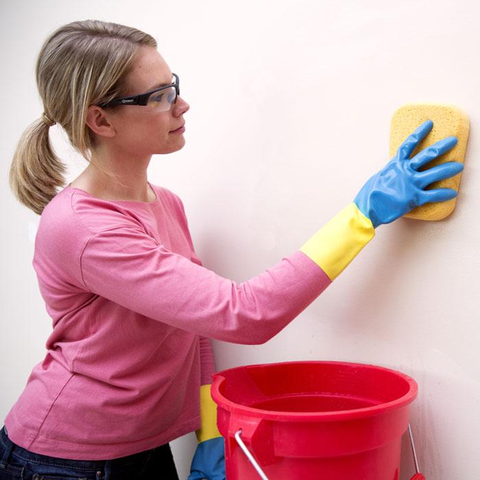 мытье окрашенных стен