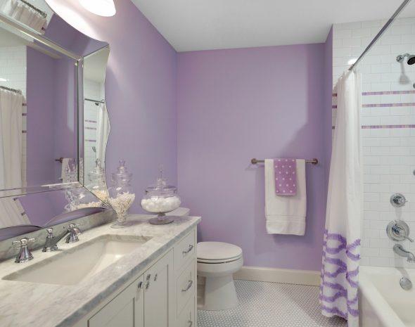 лавандовый цвет в интерьере ванной