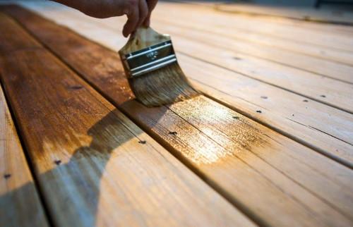убрать с древесины синеву