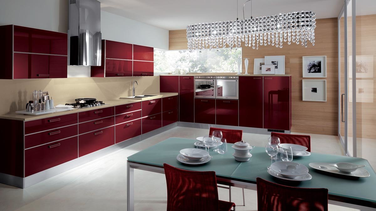 бордовый интерьер кухня