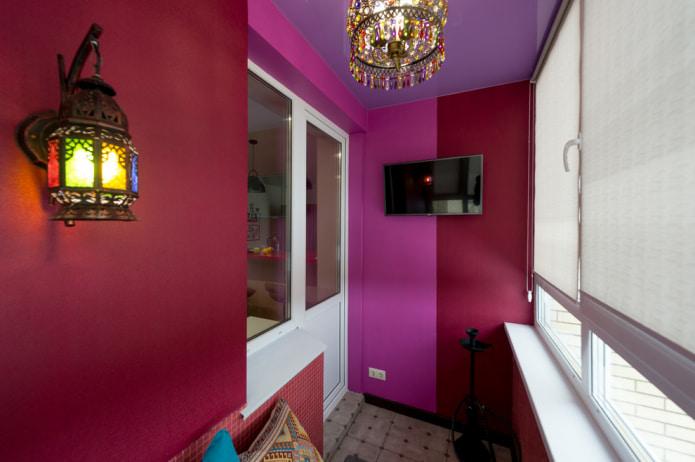 бордовый интерьер балкон
