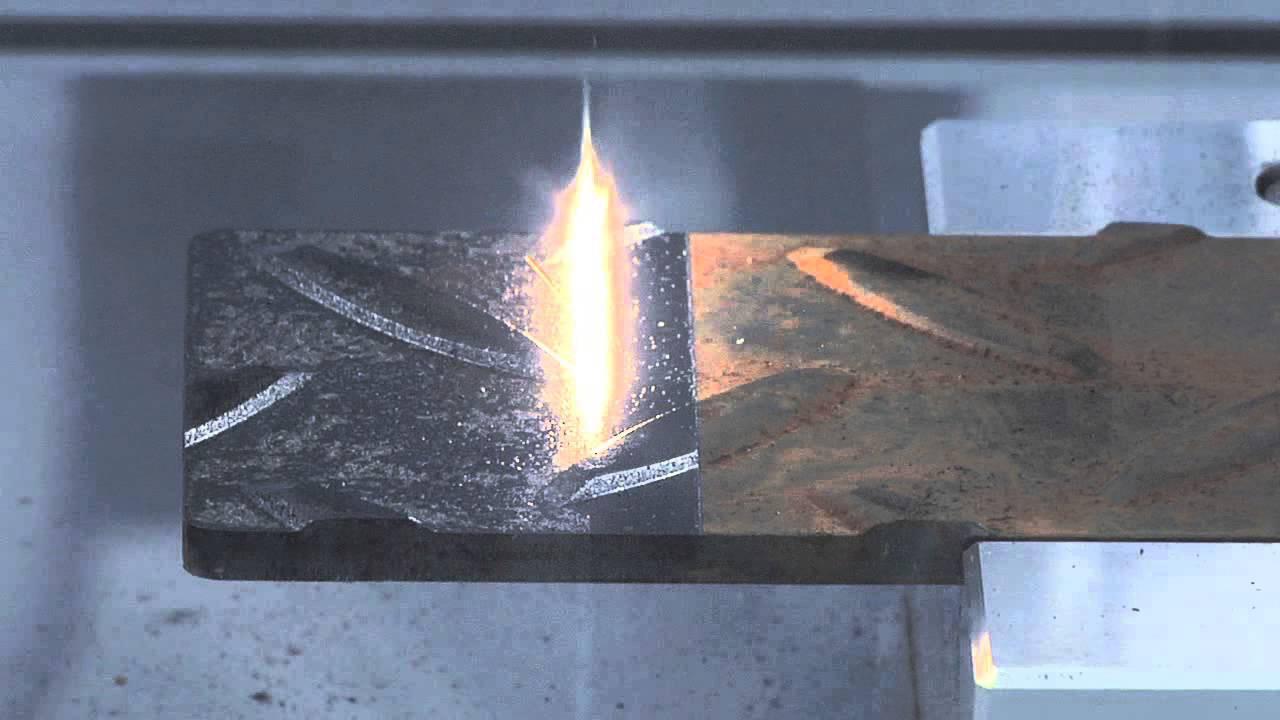 Лазер снимает ржавчину