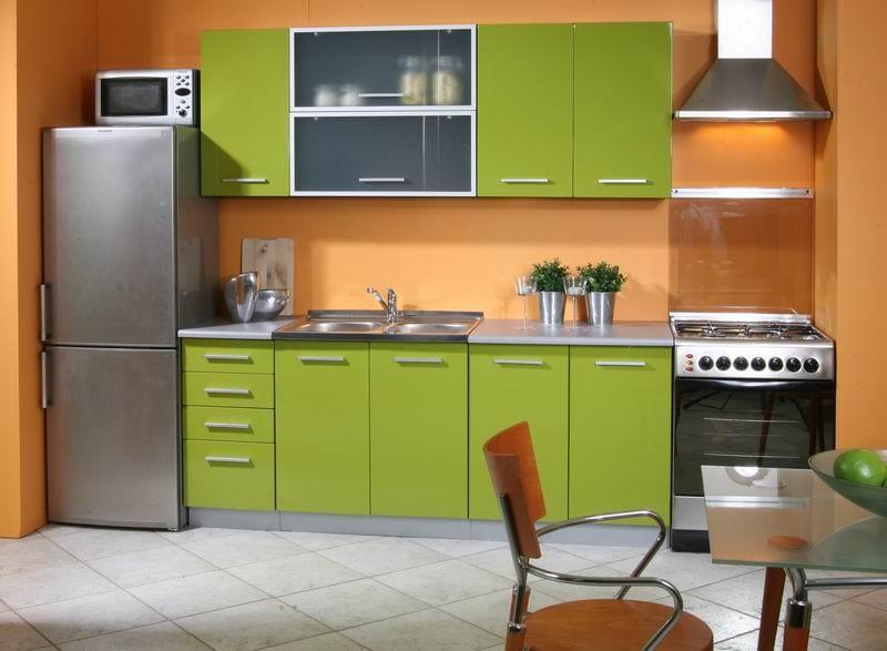 персиковый и зеленый цвет в интерьере