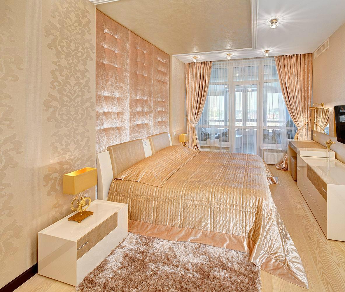 персиковый интерьер в классическом стиле