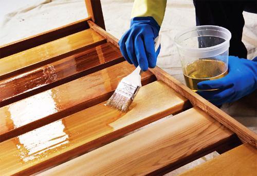 лак на масляной основе для дерева