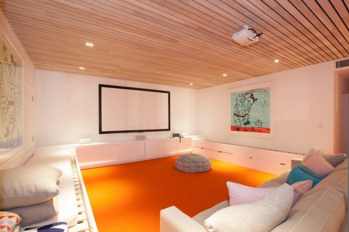 оранжевый пол в интерьере