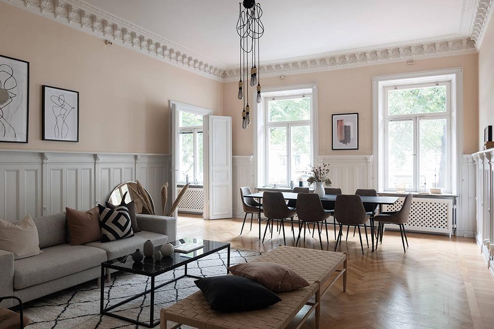 персиковый интерьер в скандинавском стиле