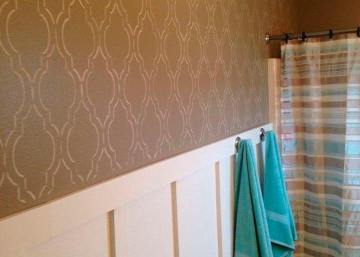 трафаретный валик для стен в ванной