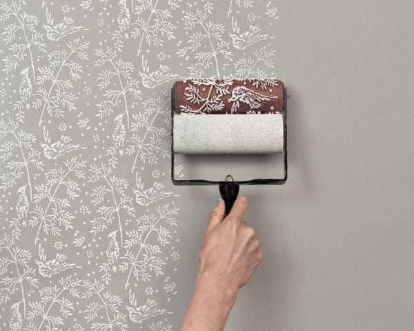 Трафаретный валик для покраски стен