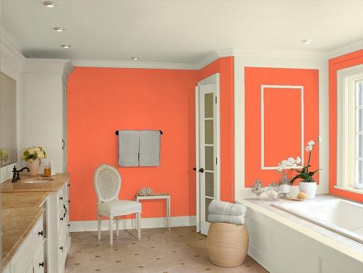 персиковый и белый цвет в интерьере