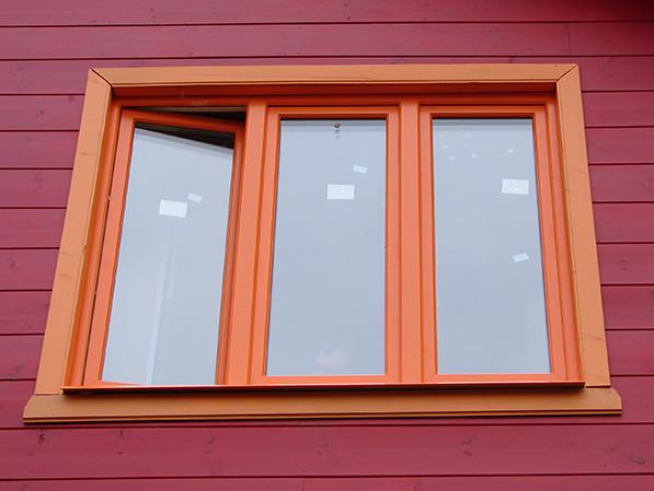 пластиковые окна окрашенные